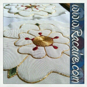2016-07 - Racaire - 14th century hood - roses - surface couching - hand embroidery - medieval embroidery - SCA