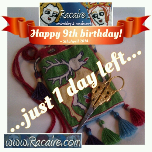 Racaire's embroidered 14th century pouch for the 9th blog-birthday raffle :D
