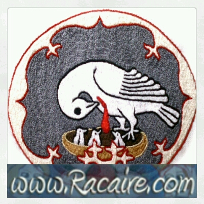 Racaire - medieval inspired Pelican - badge - medieval embroidery