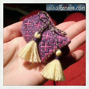 Craft with Racaire - Project 1 - needle-roll 1 - German Brick Stitch